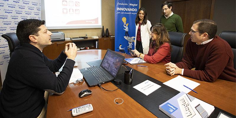 La presidenta del IMDEEC conoce el proyecto Teleassitenci@ TIC++